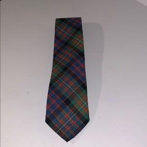 Rare find Macdonell Of Glengarry Scottish wool tie